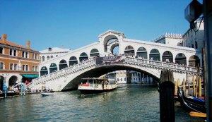 Rialto_Bridge1-Venice-Italy