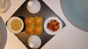 Tresind (8) Olive and Hummus starter