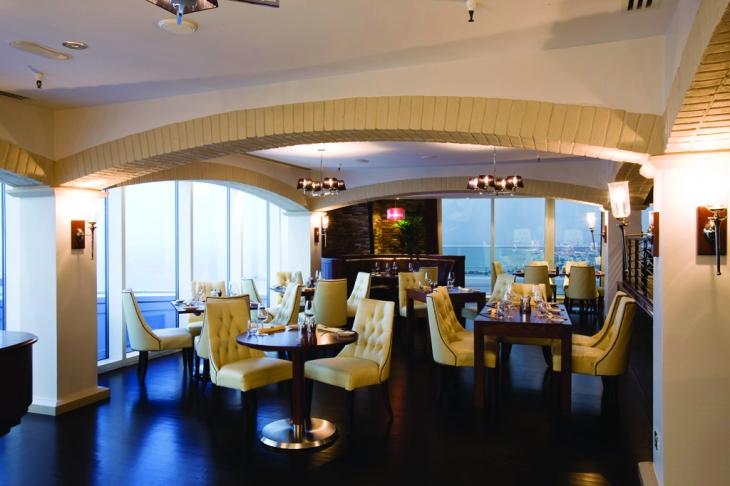 Jumeirah_Beach_Hotel_-_La_Parrillia_-_Restaurant_3