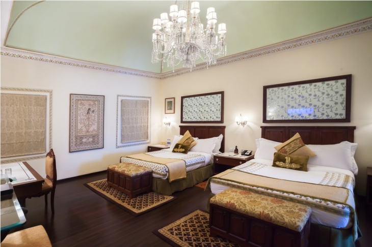 jal-mahal-palace-deluxe_premium_suite